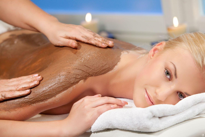 40 видов суперэффективного массажа по праздничным скидкам до 70%! Подарок при покупке абонемента!