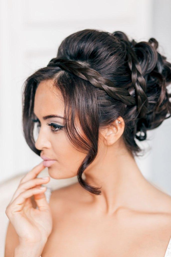 Прическа для свадьбы с плетением фото