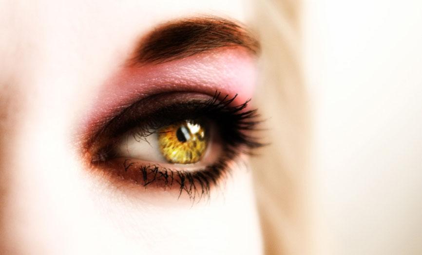 Жёлтый цвет глаз у человека