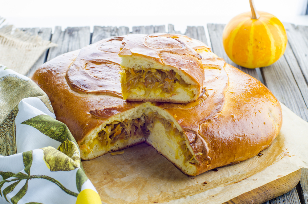 Пирог с капустой дрожжевое тесто