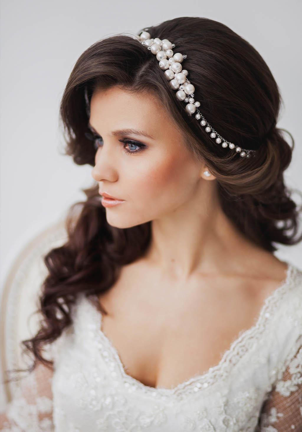 Укладка свадебная на длинные волосы