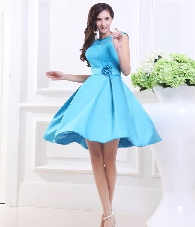 c375181bd7d Для этого нужно выбрать красивое современное стильно платье в таком большом  ассортименте выпускных нарядов. Так вот