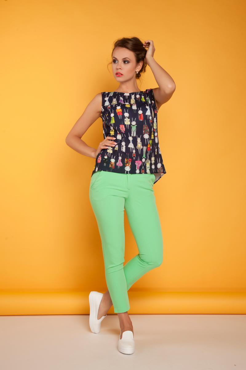 Стильные брюки зеленые