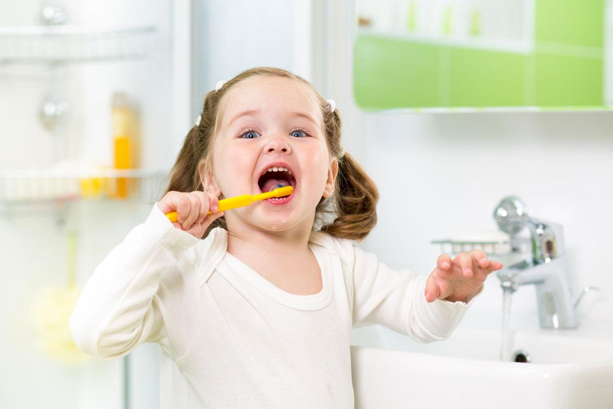 Не могу заставить ребенка чистить зубы