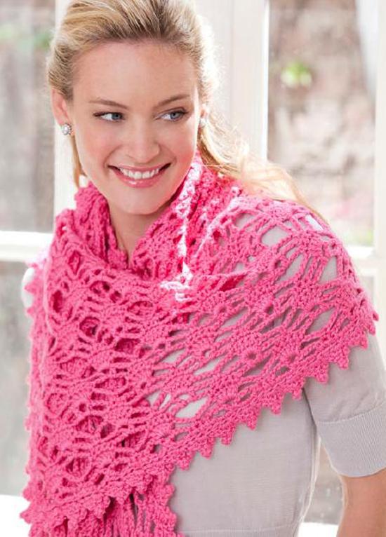 Розовый ажурный палантин, связанный крючком Вязаные шарфы.ру