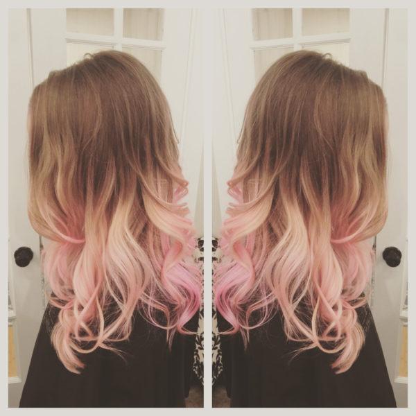 Волосы русые с розовым оттенком