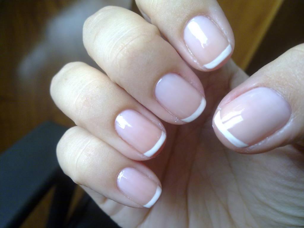 Ногти френч короткие