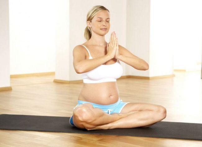 При беременности можно ли заниматься йогой при