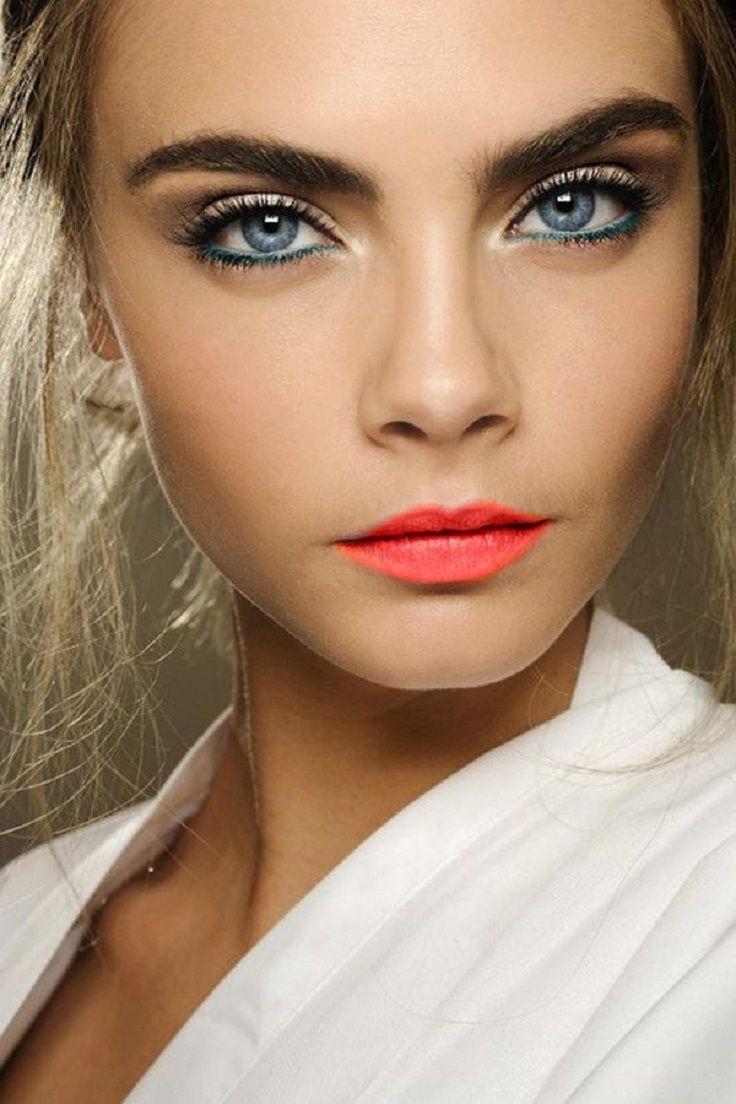 Макияж глаз для русых волос и голубых глаз