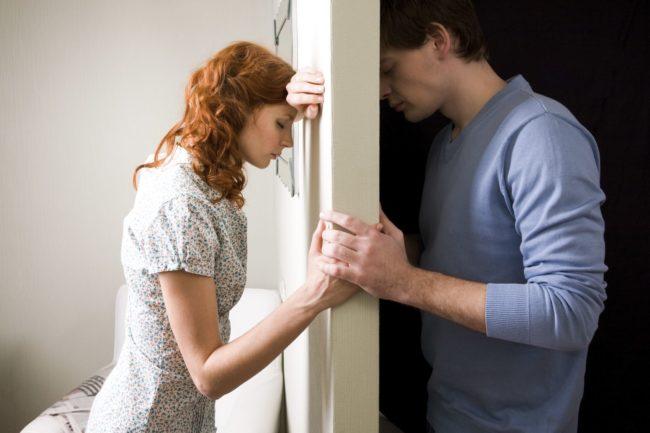 Мини ролик женщина имеет мужа
