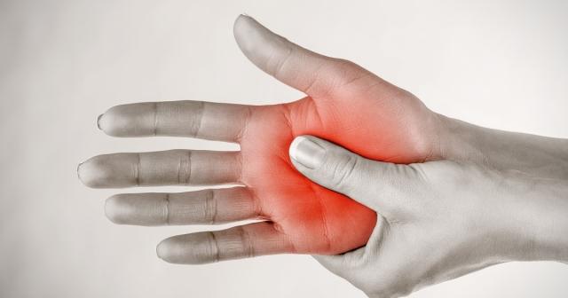 Немеет правая кисть руки что делать в домашних условиях 2