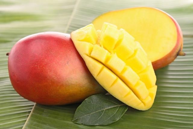 Как правильно есть и чистить манго в домашних условиях