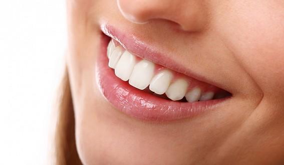 kakoe-byvaet-ftorirovanie-zubov