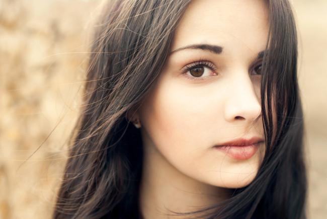 Макияж для больших глаз. Виды макияжа для больших глаз. Особенности нанесения макияжа для больших глаз.