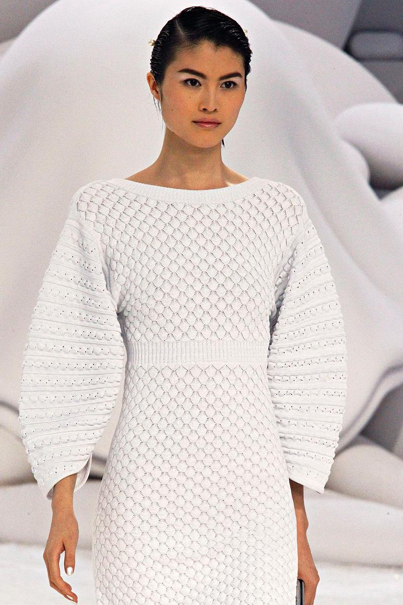 вязаные модели платьев шанель фото такие конкуренты как
