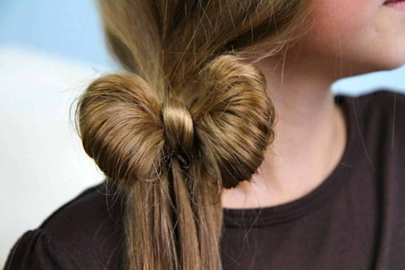 Делаем бантик из волос картинки