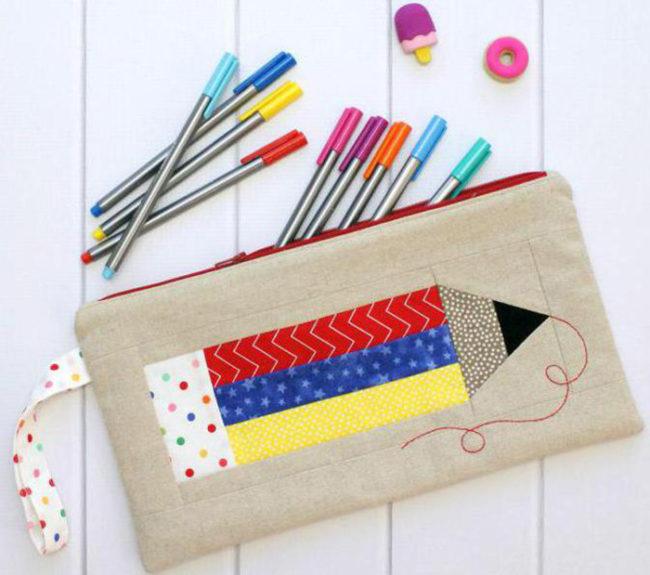 1499696-650x575 Как сделать пенал для школы своими руками. Как сделать пенал из бумаги, из ткани, из картона, из фетра. Как самому сделать пенал для ручек и карандашей. Как сделать пенал для кукол