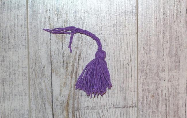 Как сделать кисточку из ниток своими руками. Серьги кисточки из ниток — пошаговая инструкция. Мастер-классы, как сделать кисточки из ниток для украшения